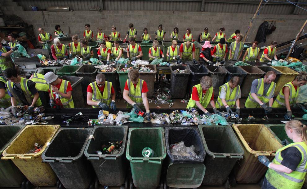 гроші на смітті і переробці