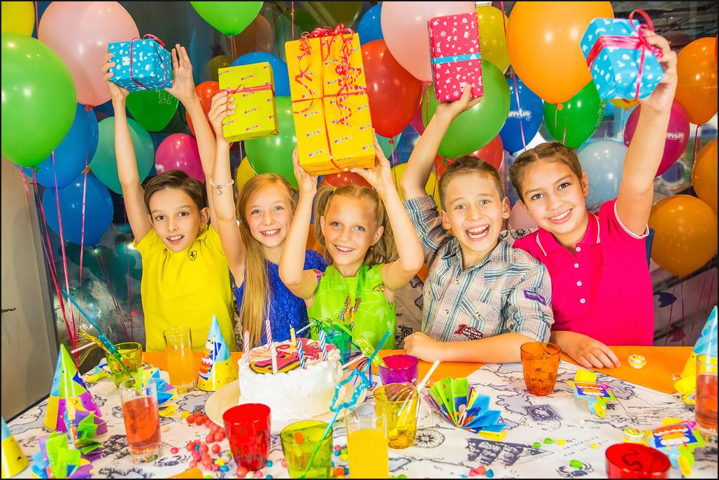 Как организовать бизнес на открытии праздничного агентства