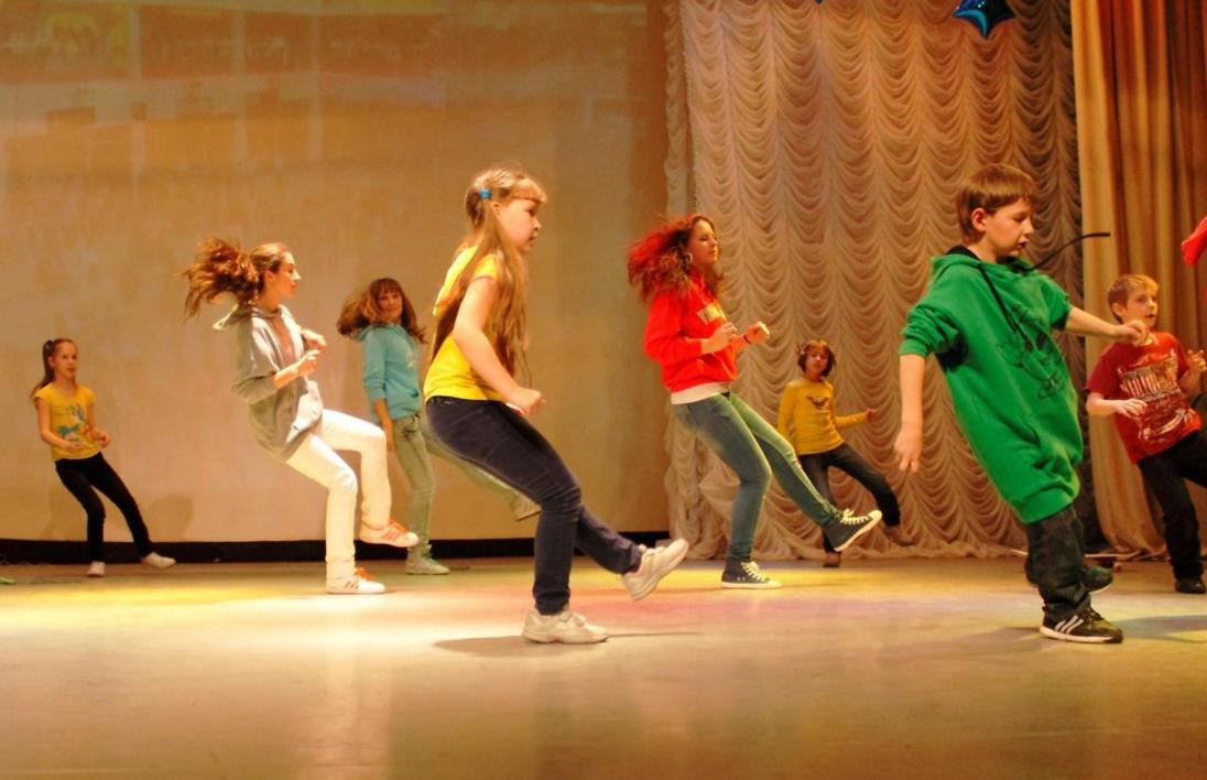 бізнес з навчання дітей танцям