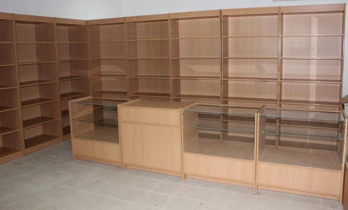 виробництво торгових меблів з лдсп