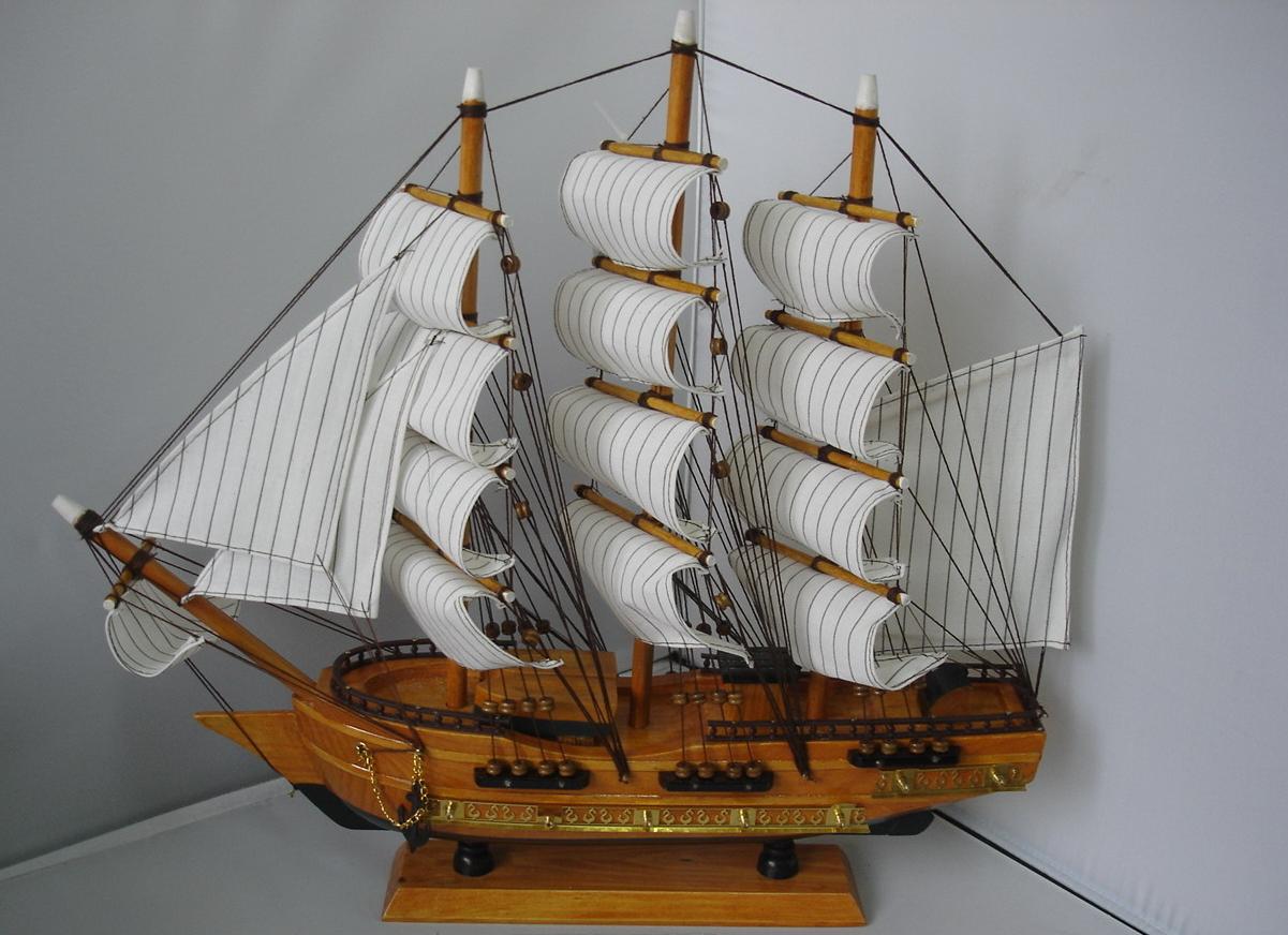 бизнес-идея изготовления деревянных кораблей сувениров