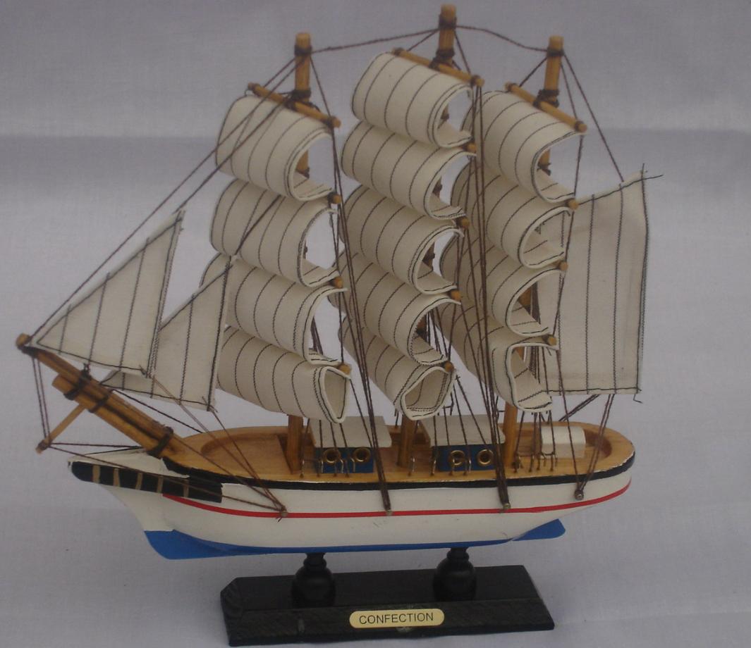 як організувати бізнес з виготовлення дерев'яних кораблів сувенірів