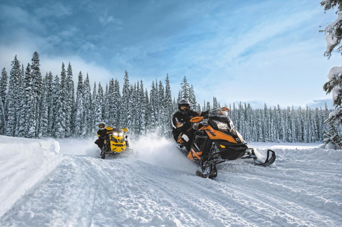 Как организовать бизнес по прокату снегоходов