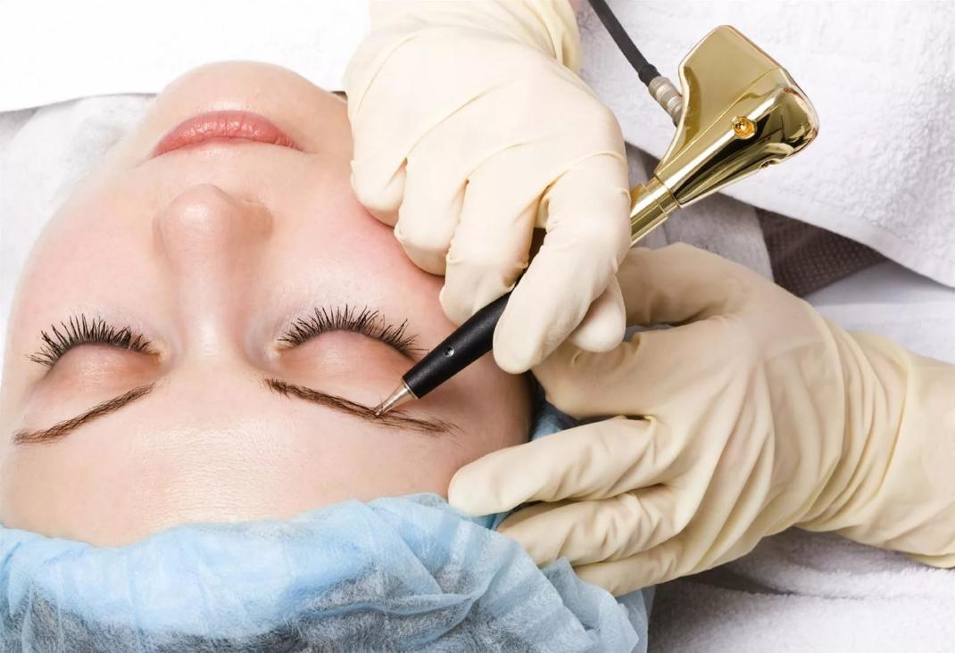Новичку в бизнесе на услугах перманентного макияжа