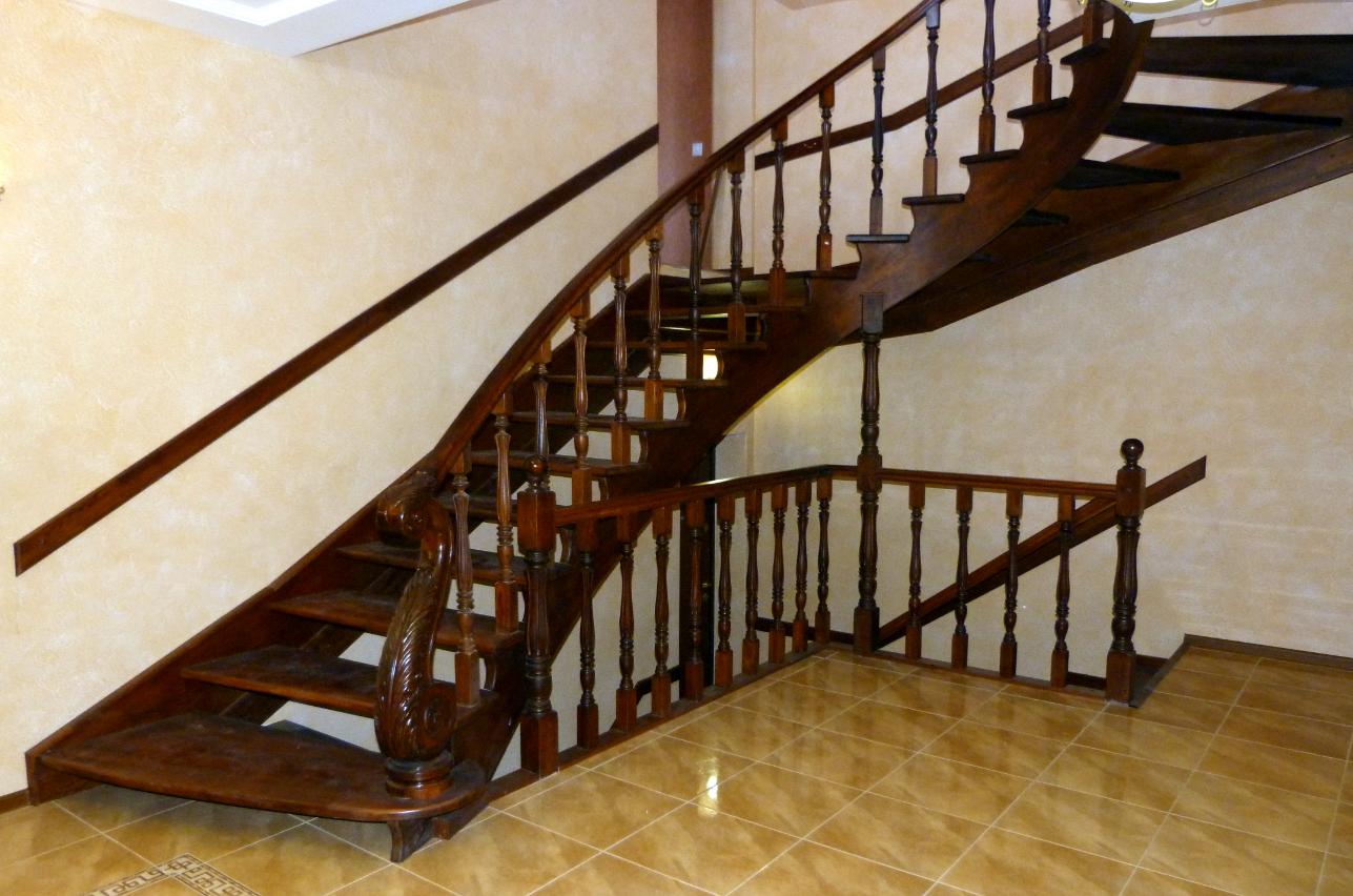 Бизнес-идея изготовления лестниц