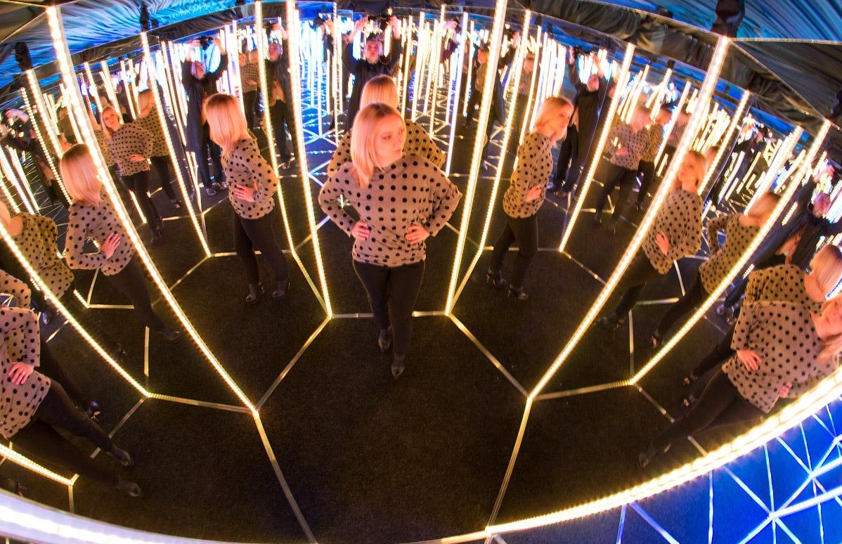 бизнес-идея открытия аттракциона зеркальный лабиринт