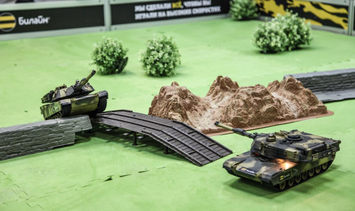 Бизнес-идея на боях радиоуправляемых танков