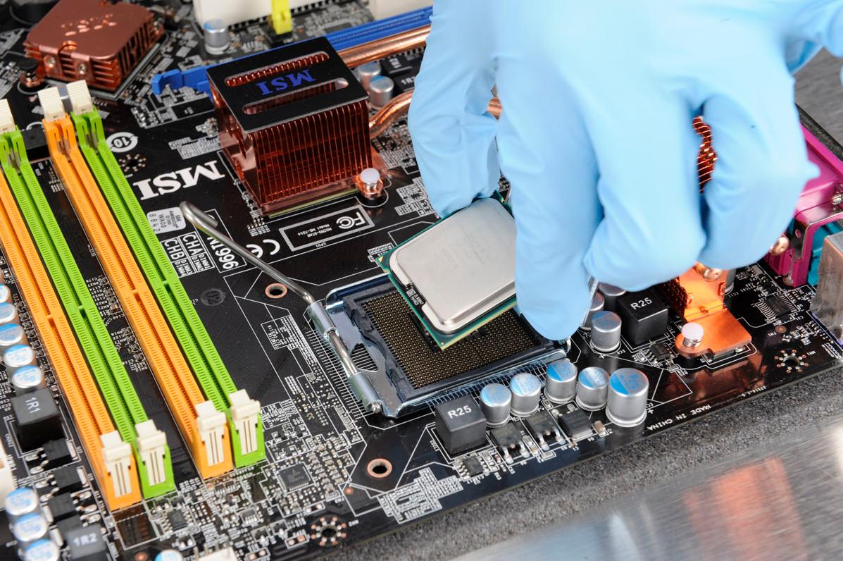 Бизнес-идея ремонта компьютеров и мобильников